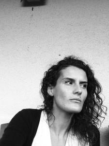 Julie Koopmans : l'Infinitive